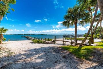 Home for Sale at 5005 SE Williams Way, Stuart FL 34997
