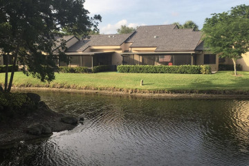 Home for Sale at 9424 S Chelsea Drive S, Plantation FL 33324