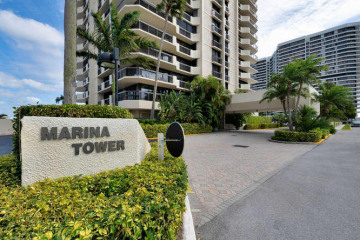 Home for Sale at 108 Lakeshore Drive #1939, North Palm Beach FL 33408
