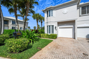 Home for Sale at 755 Seaview Drive, Juno Beach FL 33408