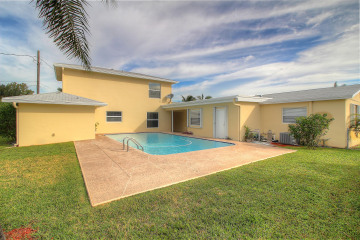 Home for Rent at 740 Buttonwood Road, North Palm Beach FL 33408