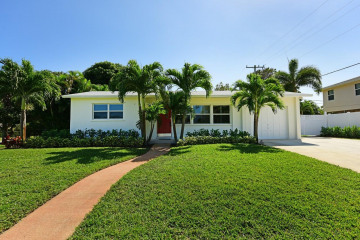 Home for Sale at 400 Ebbtide Drive, North Palm Beach FL 33408