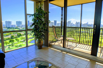 Home for Sale at 20379 W Country Club Drive #2033, Aventura FL 33180