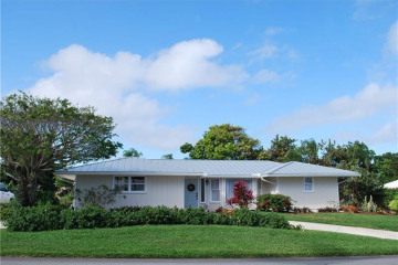 Home for Sale at 8591 SE Soundings Place, Hobe Sound FL 33455