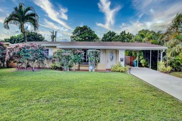 Home for Sale at 2918 Alcazar Drive, Miramar FL 33023
