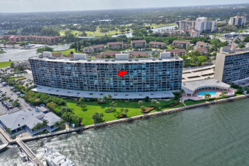 Home for Sale at 124 Lakeshore Drive #9300, North Palm Beach FL 33408
