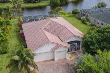 Home for Sale at 4483 SW La Paloma Drive, Palm City FL 34990