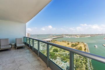 Home for Sale at 900 Biscayne Blvd 2903, Miami FL 33132