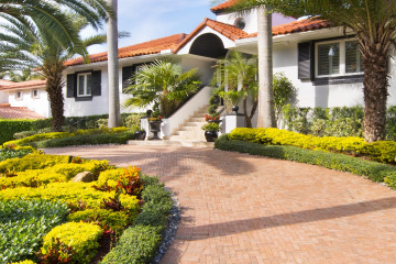 Home for Sale at 1501 Bella Vista Ave, Coral Gables FL 33156