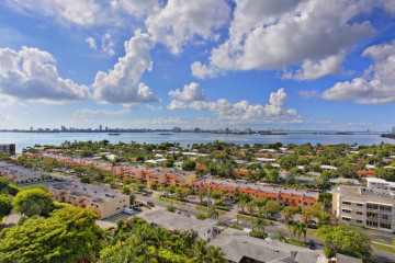 Home for Sale at 2000 Towerside Te #1506, Miami FL 33138