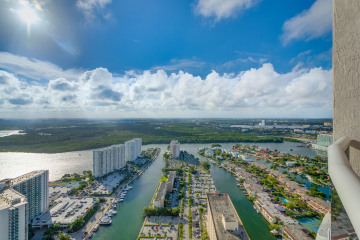Home for Sale at TDR Trump Tower II, Sunny Isles Beach FL 33160