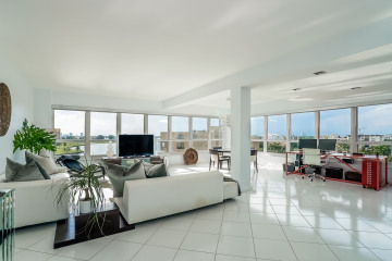 Home for Sale at 9102 W Bay Harbor Dr #7A, Bay Harbor Islands FL 33154
