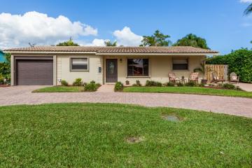 Home for Sale at 2655 SE 5th Court, Pompano Beach FL 33062