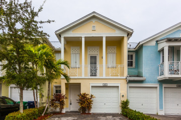 Home for Sale at 11405 NW 74 TERR , Doral FL 33178