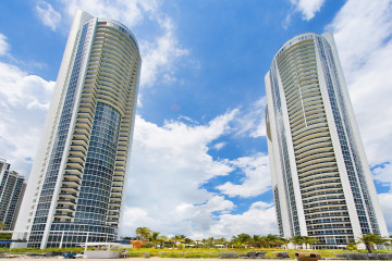 Home for Sale at 18201 Collins Ave #Ph5501, Sunny Isles Beach FL 33160