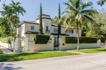 Home for Sale at 1100 S Greenway Dr, Coral Gables FL 33134