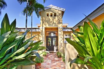 Home for Sale at 15040 SW 75 Ct, Palmetto Bay FL 33158