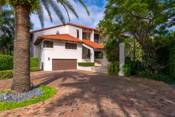 Home for Sale at 6900 Mira Flores Av, Coral Gables FL 33143