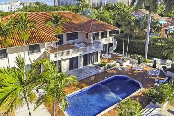 Home for Sale at Cape Florida, Key Biscayne FL 33149
