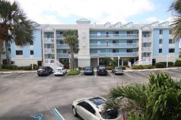 Home for Rent at 40 NE Plantation Road #214, Stuart FL 34996