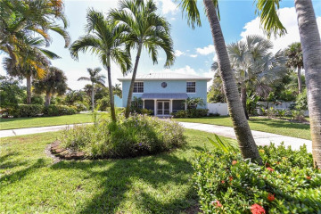 Home for Sale at 1034 SE Riverside Drive, Stuart FL 34996