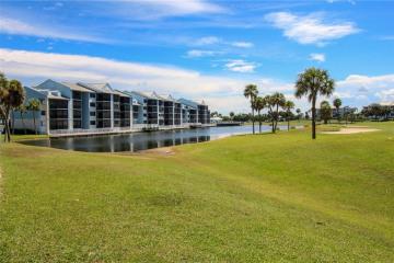 Home for Rent at 40 NE Plantation Road #403, Stuart FL 34996