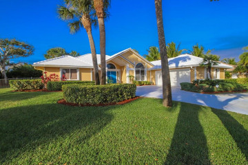 Home for Sale at 8818 SE Marina Bay Drive, Hobe Sound FL 33455