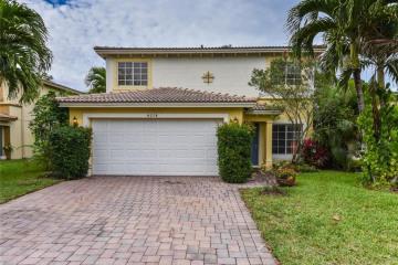 Home for Sale at 4274 SE Graham Drive, Stuart FL 34997