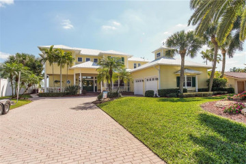 Home for Sale at 1290 SW Dyer Point Road, Palm City FL 34990