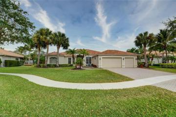 Home for Sale at 9822 SE Osprey Pointe Drive, Hobe Sound FL 33455