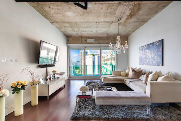 Home for Sale at 1000 West Ave #PH23, Miami Beach FL 33139