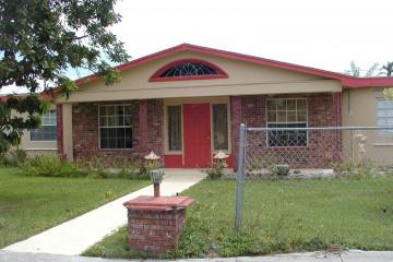Home for Sale at 300 NE 31st St, Pompano Beach FL 33064