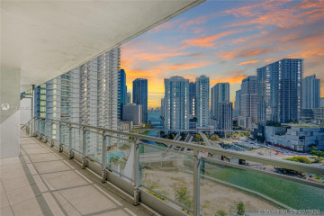 Home for Sale at 90 SW 3rd St #2215, Miami FL 33130