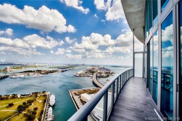 Home for Sale at 888 Biscayne Blvd #5111, Miami FL 33132