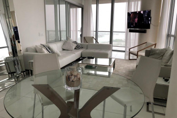 Home for Sale at 1100 Biscayne Blvd #4601, Miami FL 33132