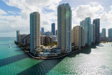Home for Rent at 808 Brickell Key Dr #2601, Miami FL 33131