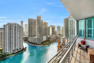Home for Sale at 325 S Biscayne Blvd #3521, Miami FL 33131