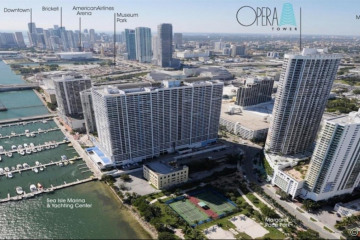 Home for Sale at 1750 N Bayshore Dr #4705, Miami FL 33132