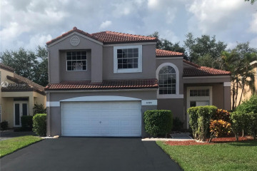 Home for Sale at 6385 NW 77th Pl, Parkland FL 33067
