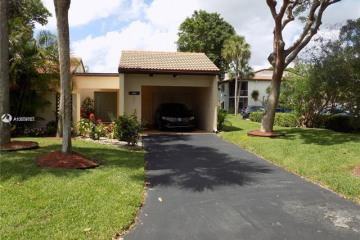 Home for Sale at 21744 Cypress Dr #18-B, Boca Raton FL 33433