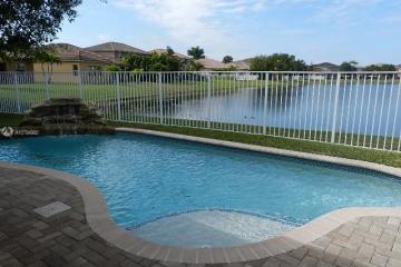 Home for Rent at 4265 E Seneca Ave, Weston FL 33332