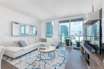 Home for Sale at 244 Biscayne Blvd #2106, Miami FL 33132