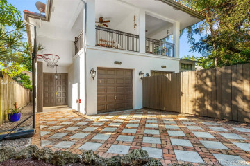 Home for Rent at 3036 Shipping Ave #3036, Coconut Grove FL 33133