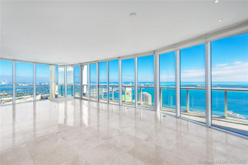 Home for Sale at 465 Brickell Ave #5701, Miami FL 33131