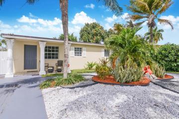 Home for Sale at 201 NE 170th St, North Miami Beach FL 33162