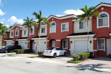 Home for Sale at 5323 SW 40th Ave #5323, Dania Beach FL 33314