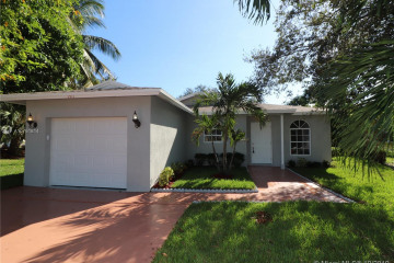 Home for Sale at 1511 NW 7th Ln, Pompano Beach FL 33060