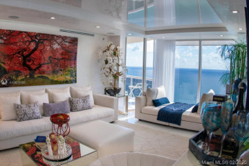Home for Sale at 17555 Collins Ave #TS1, Sunny Isles Beach FL 33160
