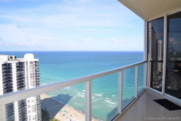 Home for Sale at 16699 Collins Ave #3207, Sunny Isles Beach FL 33160