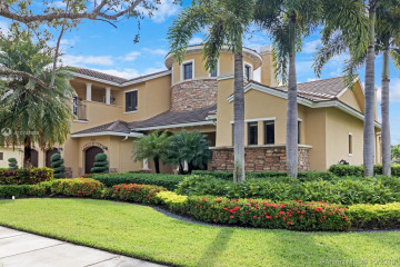Home for Sale at 7260 Lemon Grass Dr, Parkland FL 33076